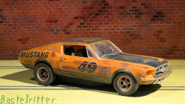 Carrera 1967er Ford Mustang Dirt