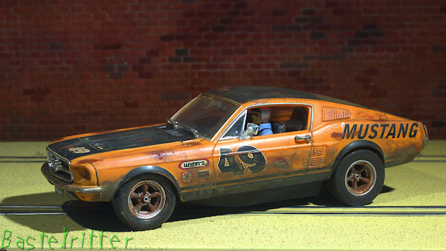 D132 Ford Mustang Dirt